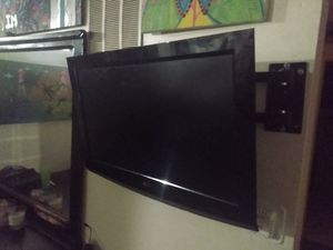 Lg TV with wall mount works great! for Sale in Los Angeles, CA