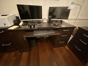 Executive Computer Desk for Sale in Virginia Beach, VA