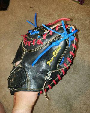 All-Star Pro Elite CM3000SBK 33.5incg catchers glove mitt for Sale in Riverside, CA