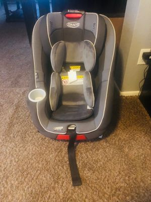 GRACO CONVERTIBLE CARSEAT for Sale in Phoenix, AZ