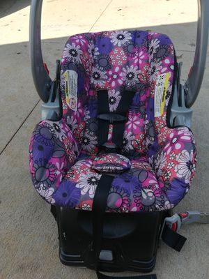 Baby trend infant car seat for Sale in Winston-Salem, NC