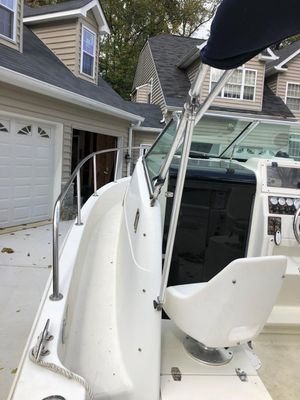 2003 Caravelle walk around boat for Sale in Silver Spring, MD