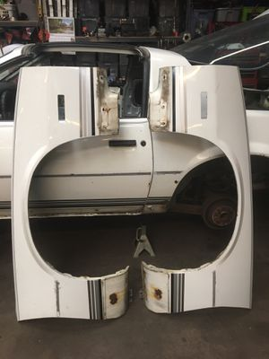 82 92 camaro z28 iroc front fenders for Sale in Chicago, IL