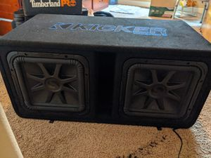 Kicker l7s with a Rockville 6000 watts amp for Sale in Chiloquin, OR