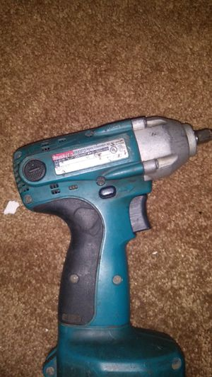 Makita 18v high impact 3/8ths drill for Sale in Three Rivers, MI