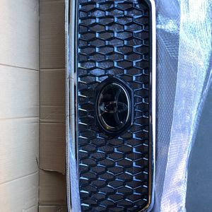 2018 Off-Road Toyota Tacoma Front Grille for Sale in Marina, CA
