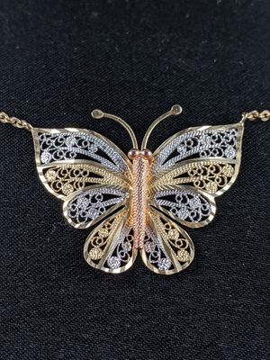 14kt White, Rose, and Yellow Gold Butterfly Necklace for Sale in Temecula, CA