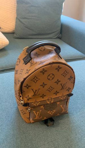 Louis Vuitton mini Backpack for Sale in Las Vegas, NV