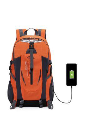 Hiking backpack for Sale in Lynnwood, WA