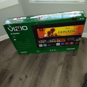 """40"""" In. Vizio Smart TV W-Remote for Sale in Stockbridge, GA"""