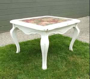 Vintage Shabby Chic Coffee Table/End Table - Distressed White for Sale in Monroe, WA