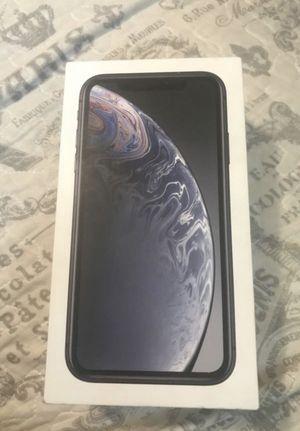 iPhone XR black for Sale in Billings, MT