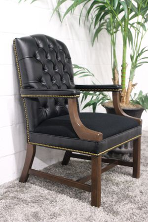 ***Black Tufted Leather and Fabric Accent Chair (Free Delivery) for Sale for sale  Atlanta, GA