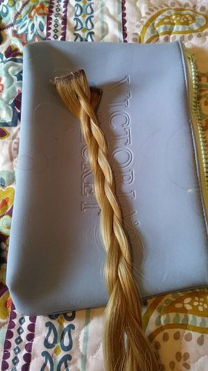 Remy human hair blonde extensions 8 clips for Sale in Eau Claire, WI