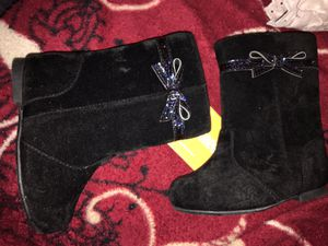 Brand new toddler girl boots size 6 for Sale in Chelsea, MA