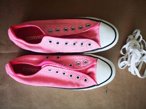 Pink converse like new never used for Sale in Key Biscayne, FL