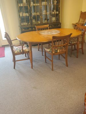 Kitchen Table with 4 chairs for Sale in Sewell, NJ
