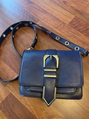 Purse handbag for Sale in Mountlake Terrace, WA