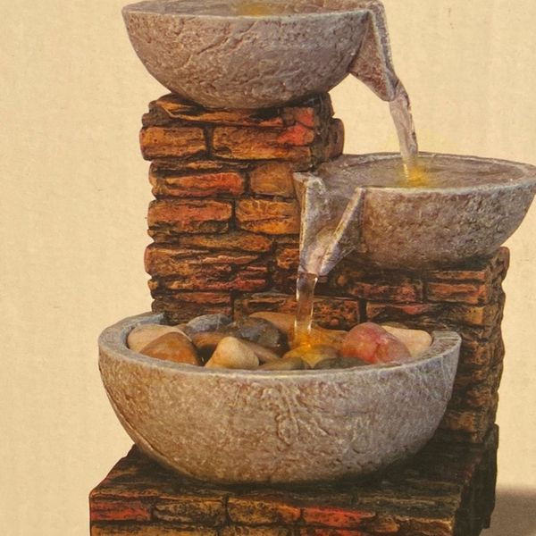 Brand NEW Cascading Bowl Brick LED Fountain( Small 6 In by 3 1/2 In)