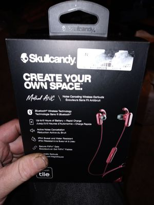 SKULL CANDY (WIRELESS EARBUDS) ---NEW--- for Sale in Portland, OR