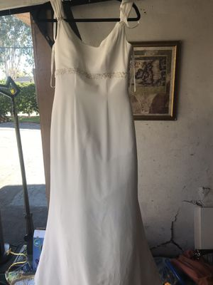 Wedding dress very nice for Sale in Lake Forest, CA