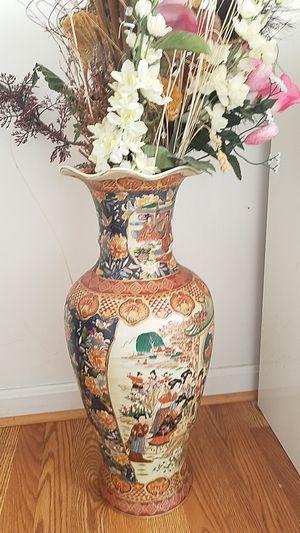 Vase for Sale in Ashburn, VA
