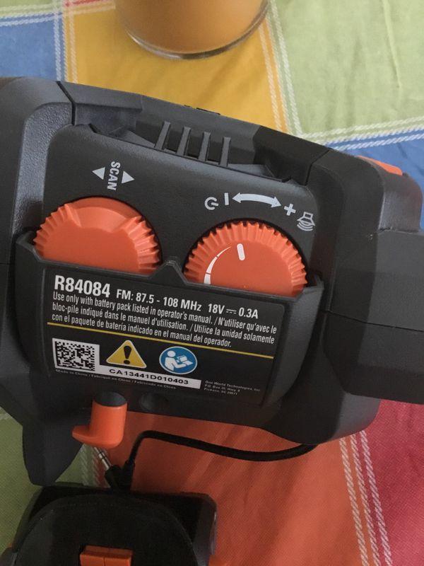 RIDGID mini Radio