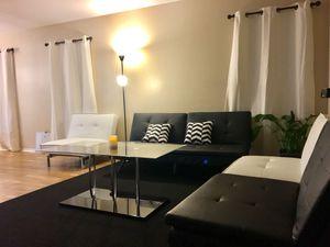 Living room for Sale in Austin, TX