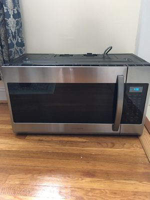 Samsung. Combo microwave and hud 400 cfm for Sale in MIDDLE CITY WEST, PA
