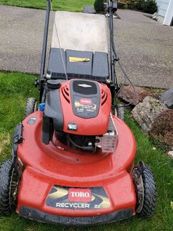 Self-propelled 22in Rear Wheel Mower for Sale in Woodburn,  OR
