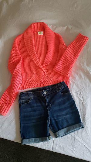 Cute neon pink/orange and cute shorts for Sale in Hemet, CA