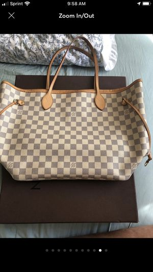 Louis Vuitton Neverfull MM Azur for Sale in Monterey Park, CA