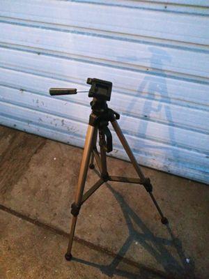 Camera tripod for Sale in Fresno, CA