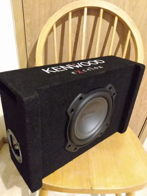 "Kenwood Pw804B 8"" Oversized subwoofer in ported enclosure 900w/max like new for Sale in Tacoma, WA"