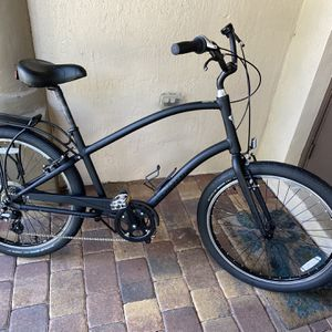 Electra Townie 7D Step Over... Color Matte Black... $475 Price for Sale in West Palm Beach, FL