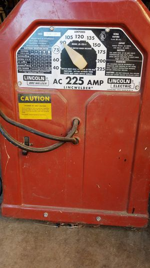 Lincwelder 225 amp stick welder for Sale in Burien, WA