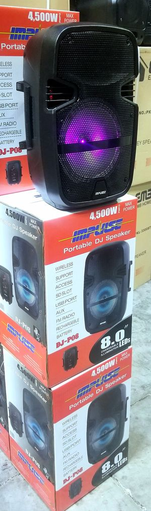 """1000 watts. 8"""" woofer speaker. Rechargeable battery. Bluetooth. FM radio. USB and SD connection. Microphone input. Brand new. for Sale in Miami, FL"""