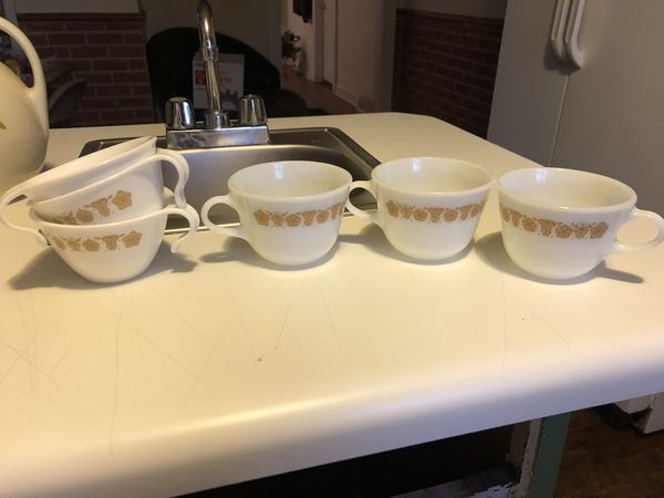 "Vintage 1970's Corning Ware Pyrex "" Butterfly Gold "" Glass Cups"