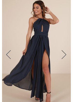 Showpo Love This City Maxi Dress Size 4 for Sale in San Francisco, CA