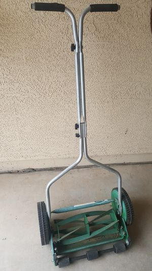 Lawn mower for Sale in Chandler, AZ