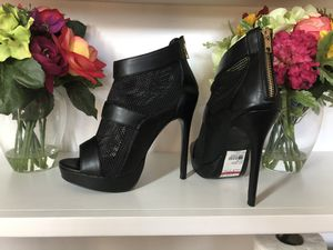 Steve Madden Leather and Mesh Ankle Boots | Color: Black |Size: 8 for Sale in Freehold, NJ