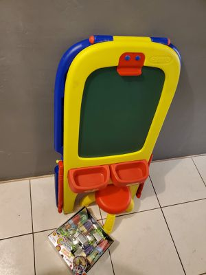 BABY BOARD WITH CHAIR AND SOME CHALK for Sale in Miami, FL