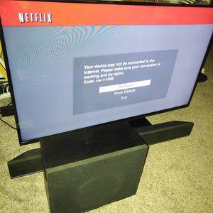Vizio 48 inch tv with Vizio soundbar for Sale in Benton City, WA