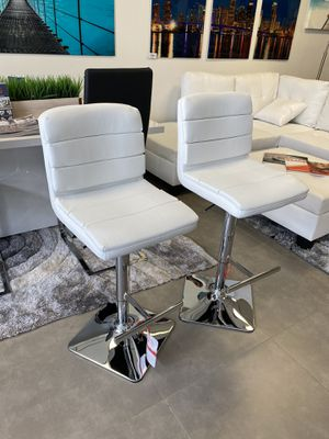 New white chrome Leather set of 2 barstools for Sale in Miami, FL