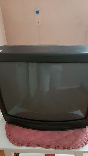 19 inch World TV for Sale in Stratford, CT