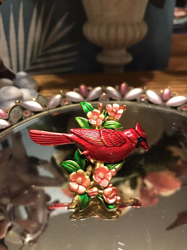 Pretty!!! Gold Red Cardinal Bird pin