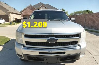 ✌️🐇(💲12OO)🦋FOR SALE 2011 Chevrolet Silverado🐇✌️ for Sale in Portland,  OR
