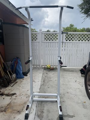 Pull Up Tower for Sale in Miami, FL