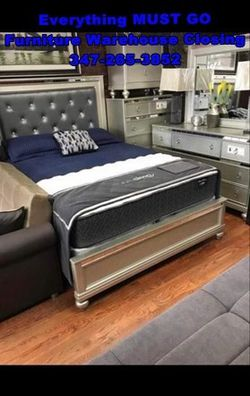 Different bedroom sets. Must Go for Sale in Queens,  NY
