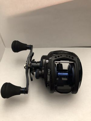1 Abu Garcia Revo Toro Beast Left-Handed Fishing Reel (New with Box) for Sale in Chandler, AZ
